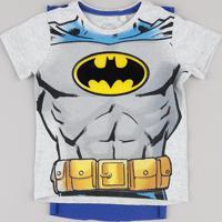 Camiseta Infantil Batman Com Capa Removível Manga Curta Cinza Mescla Claro