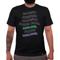Offline, Online - Camiseta Clássica Masculina