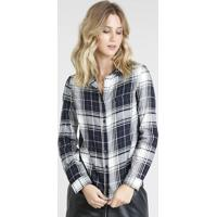 Camisa Feminina Estampada Xadrez Com Bolso Manga Longa Preta